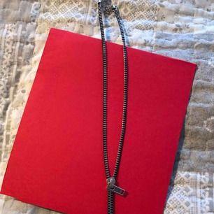 Dragkedja halsband pris ink frakten eller hämta i Majorna Gbg