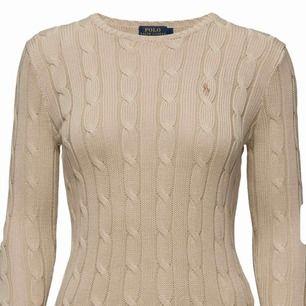 En skitfin stickad Ralph Lauren tröja 🔥 super stretchigt material