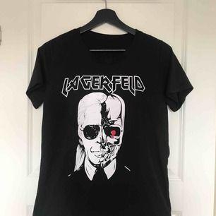 Karl Lagerfeldt t-shirt Frakt: 36kr
