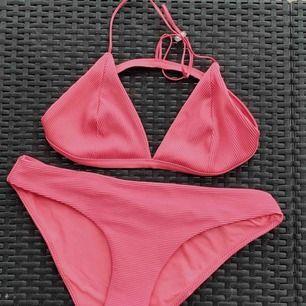 Oanvänd bikini från Weekday 🌸🌸