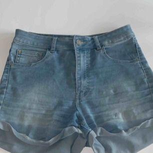Shorts från Bik bok, stretchiga och skönt material