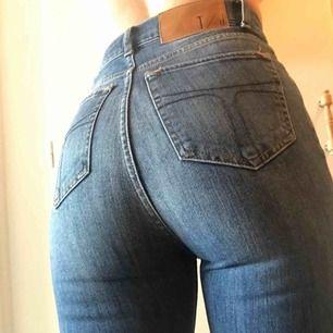 Tiger of Sweden jeans i modellen Caprice💙 Storlek 26/32. Sparsamt använda och i mycket fint skick. Frakt 54kr💌