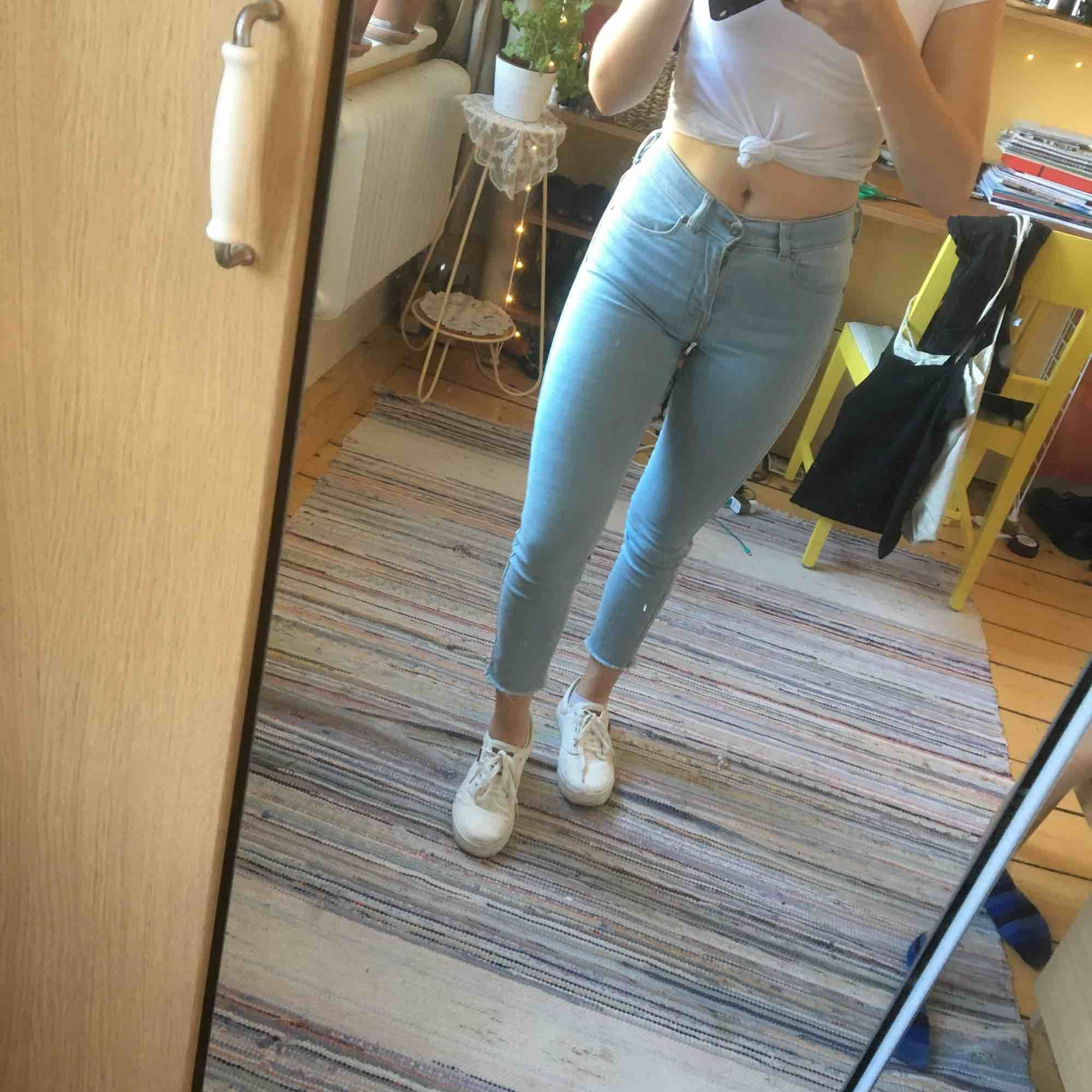 DrDenim. Blekblå jeans. Slim, stretch.. Jeans & Byxor.