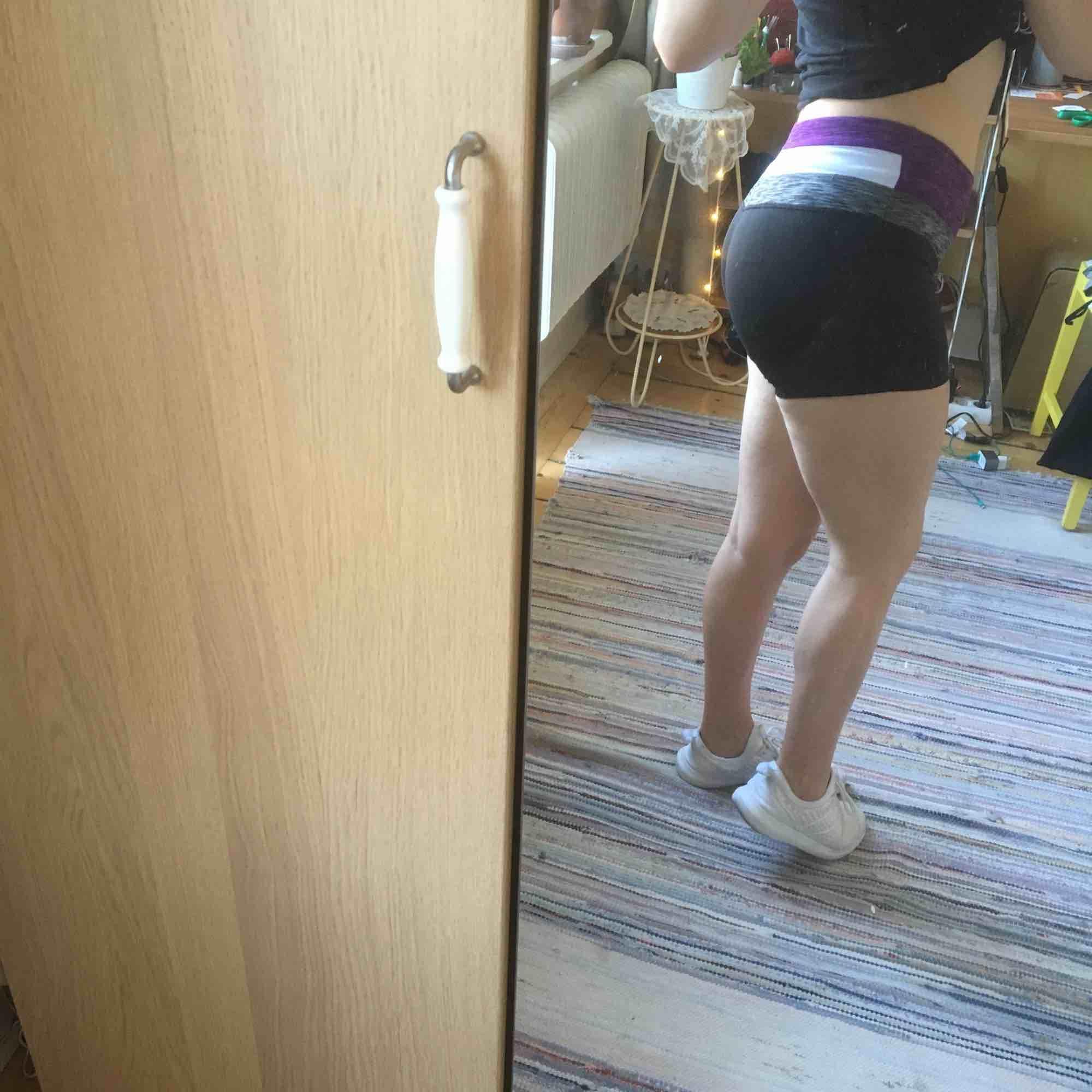 Tränings-shorts. Aldrig använda.. Shorts.