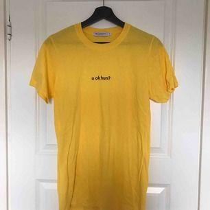 Oanvänd t-shirt från Asos. Frakt: 36kr