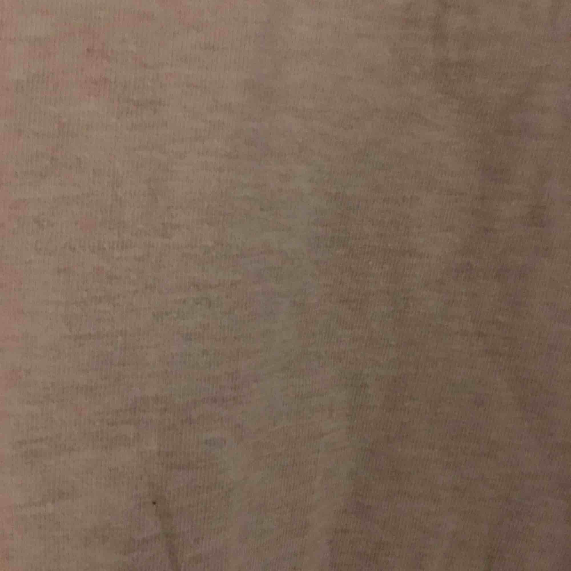 Superfint rosa linne från Lindex. Passar mig i storlek S. Pris kan diskuteras, köpare står för frakt kan även mötas i Uppsala . Toppar.