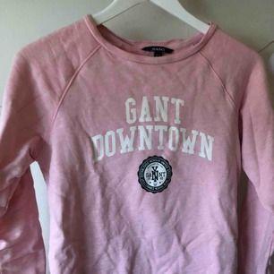 Pullover från Gant den är extremt fint skick och endast använt ett fåtal gånger.  Nypris är 999kr