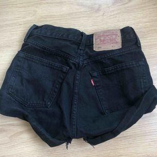 Levis shorts aldrig använda