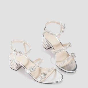 Mid heels från NAKD,  6cm höjd,  Köpt för 599kr,  Använd 1 gång,  Stl 36