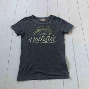 Säljer en t-shirt som knappt är använd!!   Frakt tillkommer