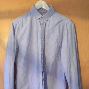 Jättefin skjorta i märket Shine
