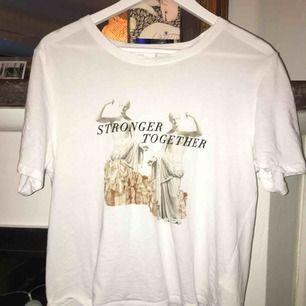 T-shirt från monki bra skick