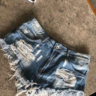 Shorts i storlek L