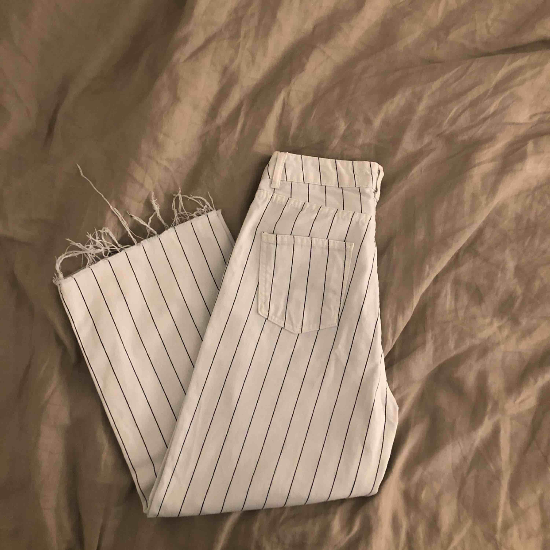Randiga Culotte byxor från Chiquelle. ✨✨ Storlek 36. 150kr + Frakt . Jeans & Byxor.