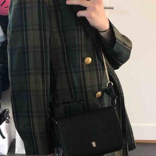 En urgullig väska från Zara som jag använt två ggr!