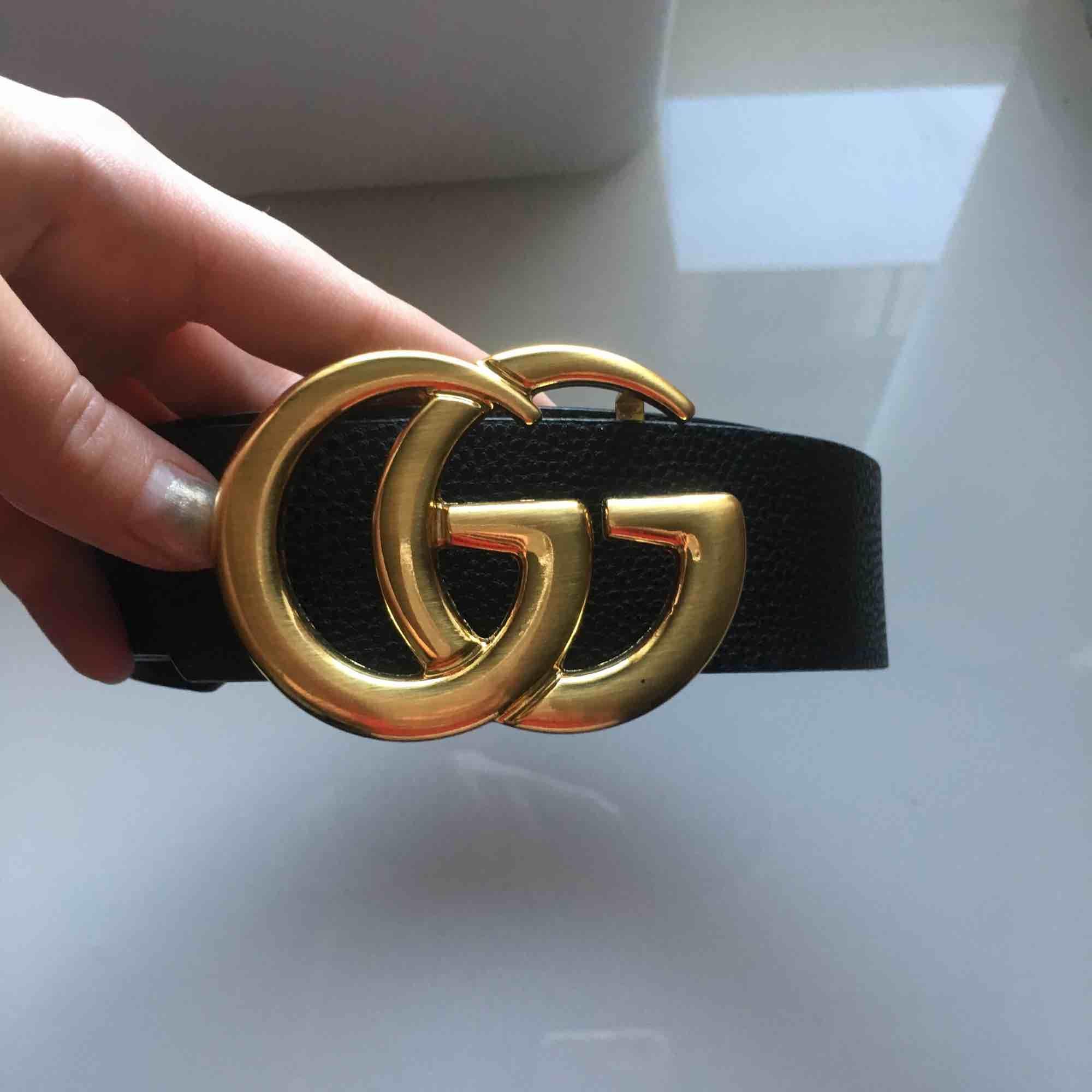 Snyggt Gucci-bälte i en kopia från StreetNova. Köpte för 699. Skynda fynda.. Accessoarer.