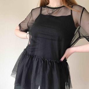 💌Frakt ingår!💌 transparent tröja med volang från H&H Trend • endast använd ett fåtal gånger!