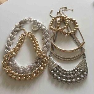 Blandade smycken allt för 50.