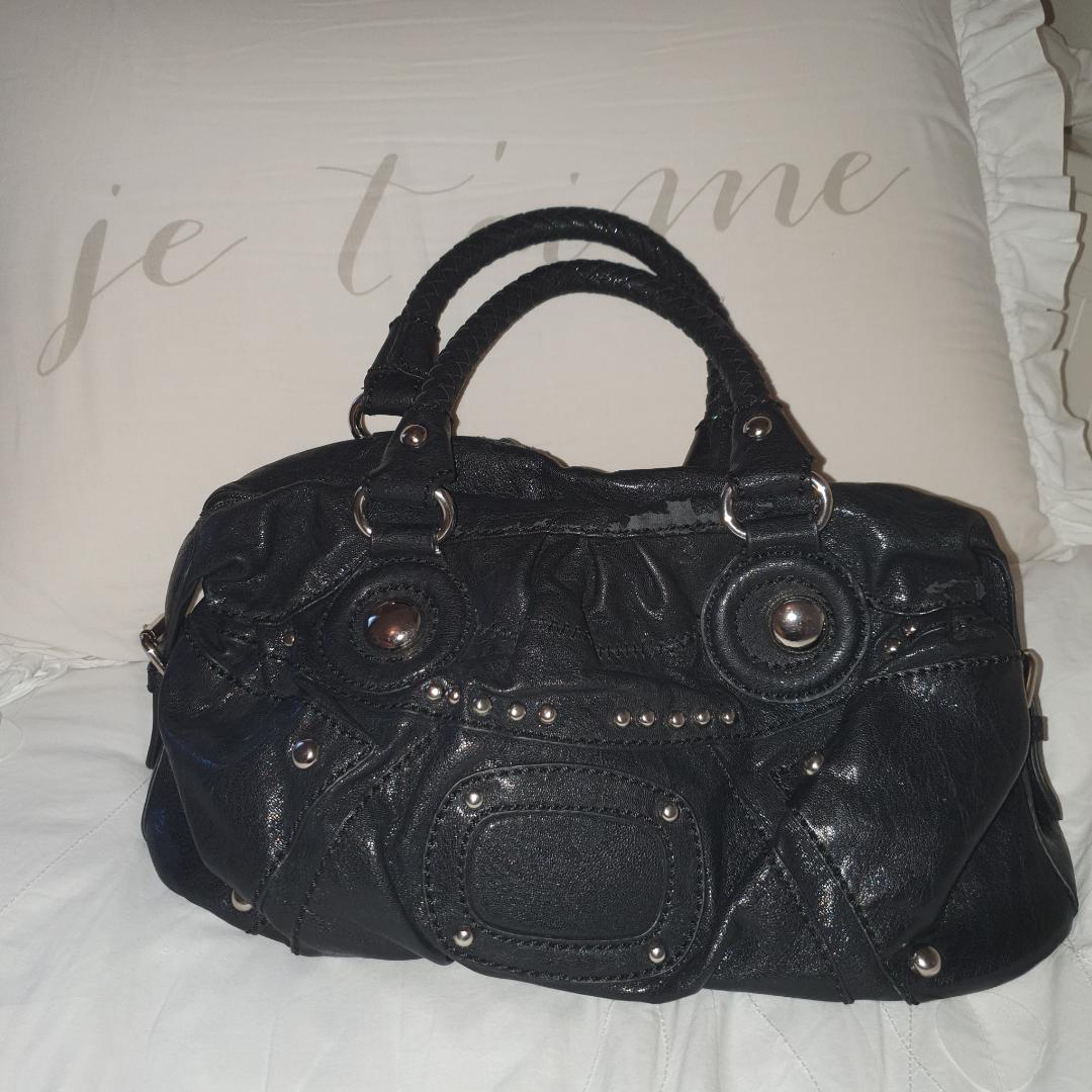 Balenciaga inspererad väska. Finns vissa tecken på slitningar se bild 3 där