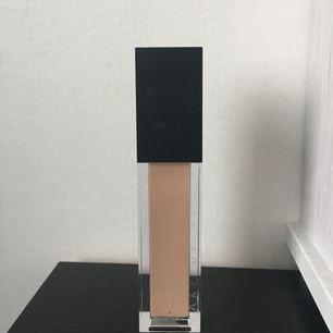 Endast testad foundation från Make up store🌸 Matte foundation milk.