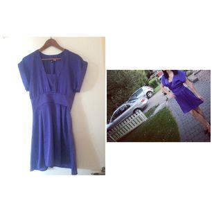 Sommar klänning i violett, fint skick!