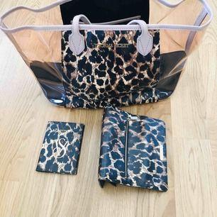 Väska, plånbok & pass fodral