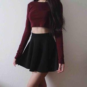 Svart kjol från H&M, strl s