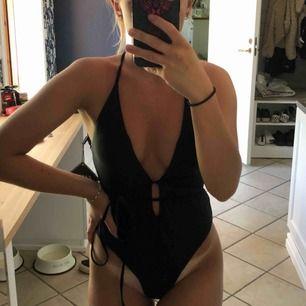 Bikini från Zaful! Säljer den eftersom den inte kommer till användning! Frakt är inkluderat i priset!