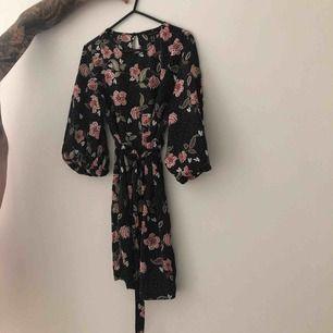 Oanvänd klänning från zalando. (New look) 🔥