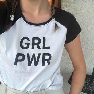 Grl pwr T-shirt från Polen