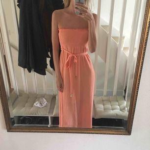 Klänning från juice couture lite kort på mig är och 182! Original pris c 1300