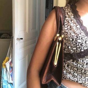 Jättesnygg väska, knappt använd!