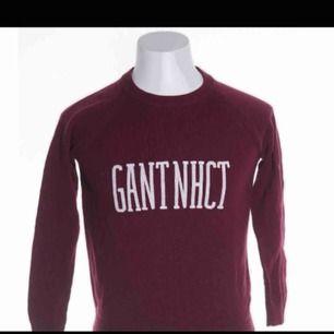 Vinröd Gant tröja, knappt använd, inte direkt min stil, köparen står för frakten:))