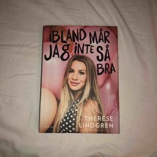 """Therése Lindgrens egna bok """"ibland mår jag inte så bra"""". Bok är signerad av Therése. Kanterna är lite nötta men annars är den i bra skick! Kan mötas upp endast runt om i Sthlm annars står köparen för frakten. :3 Boken handlar om psykisk ohälsa."""
