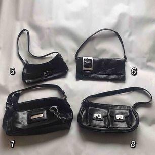 Olika mini väskor ✨ 100kr/styck. (Nr 1, 2, 3, 4, 5, 6, 7 & 8 SÅLD) Kontakta för frågor och fler bilder 🧚🏼♀️ Frakt 35kr