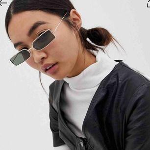 Fett snygga solglasögon. Helt oanvända. Möts upp i Gbg eller fraktar mot fraktkostnad❤️
