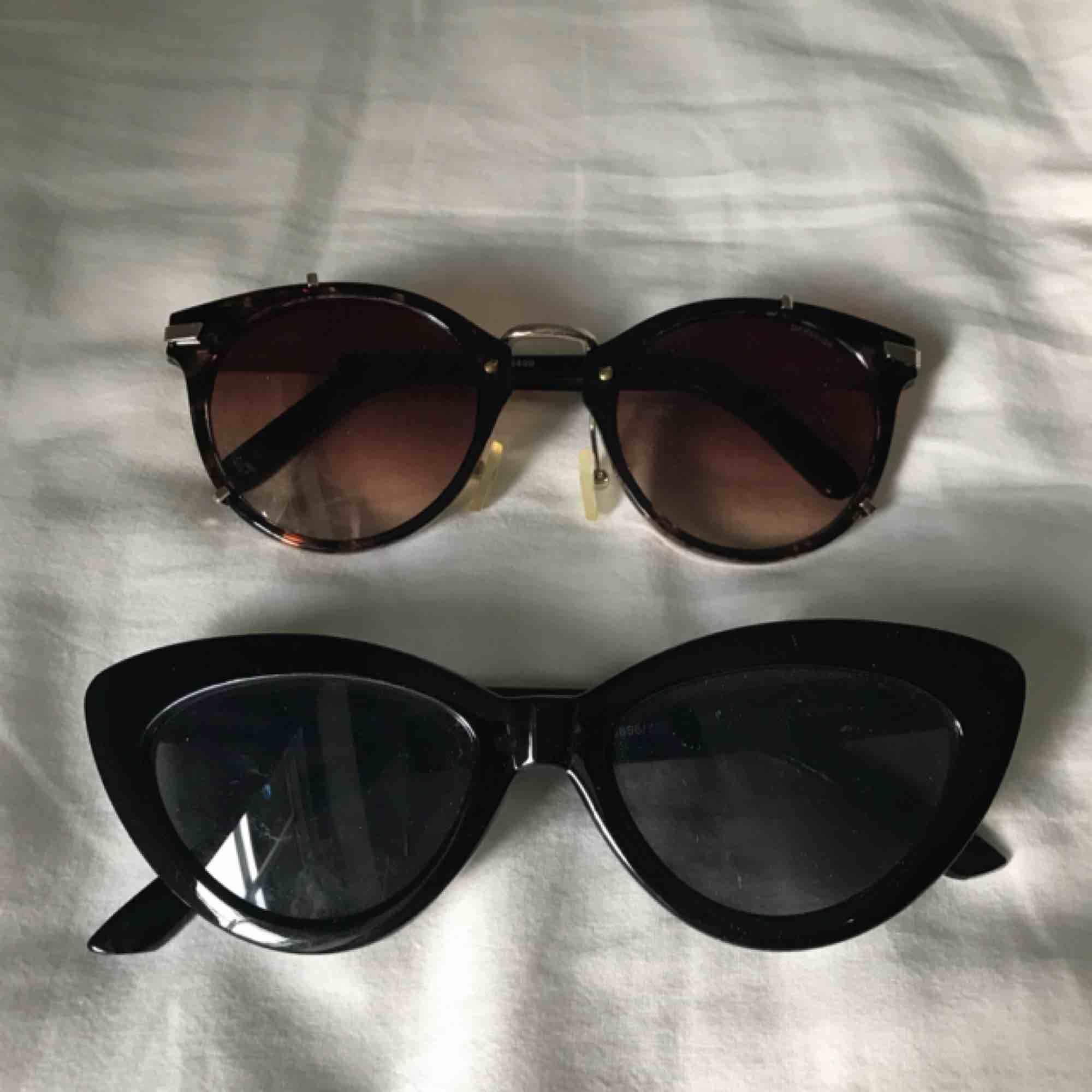 60 kr styck. Snygga solglasögon till sommaren! Köparen står för frakt. Accessoarer.