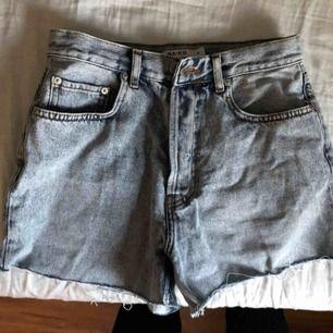 Shorts från nakd, ljustvättade i färgen, aldrig använda
