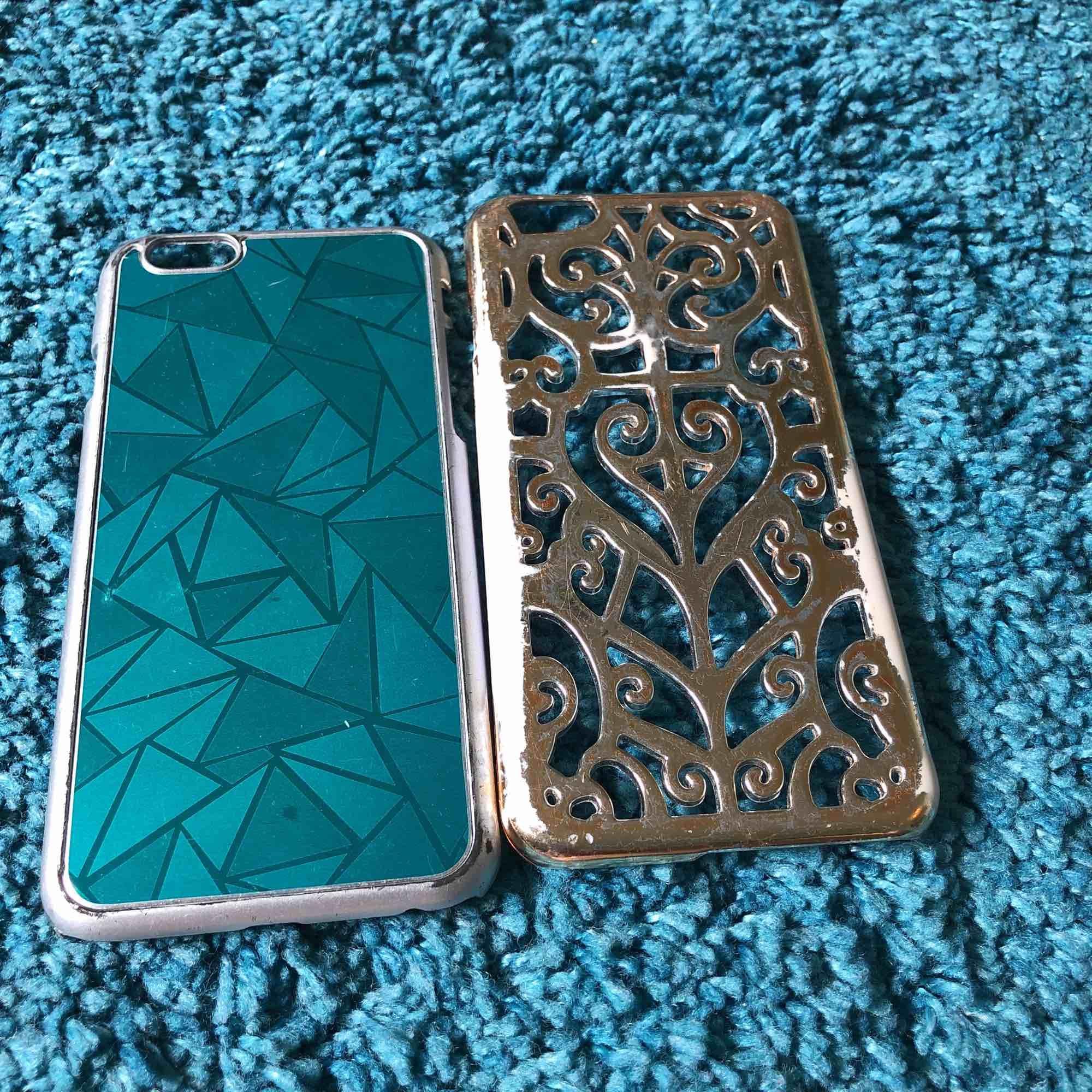 Tre fina iPhone 6 skal i nyskick, finns på första och andra bilden. Dom två skal ni ser på bild 3 är i lite sämre skick och skickas därför med gratis!  Frakt tillkommer . Övrigt.