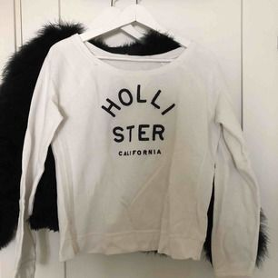 Snygg tröja från Hollister. Frakt tillkommer