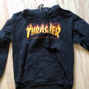 Säljer min Thrasher tröja pga att jag sällan använder denna. Den är inköpt på Seafun i Gävle för 1000:-. Så den är äkta