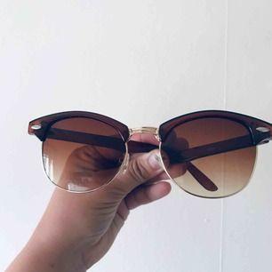 Solglasögon i fint skick Köparen står för frakt 🌼