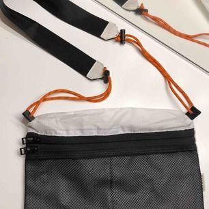 Väska från taikan, skicket är som nytt