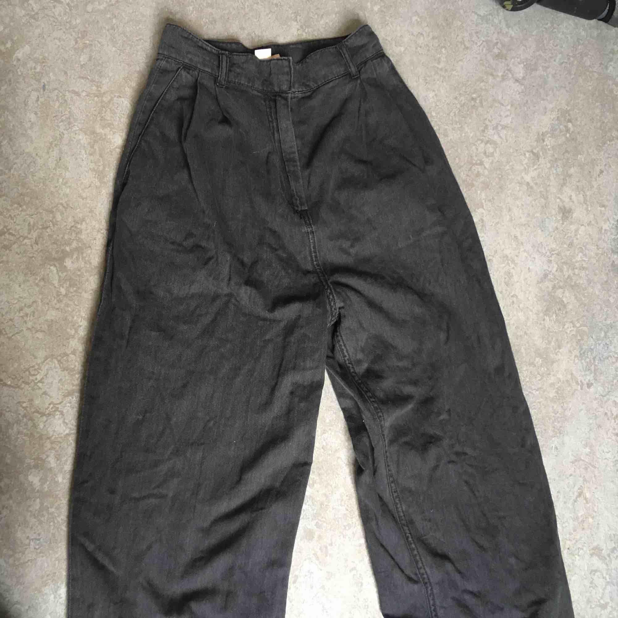 Jättenajs sköna baggy brallor!. Jeans & Byxor.