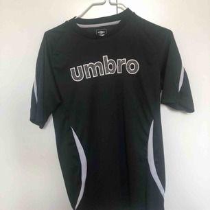 Tshirt från umbro