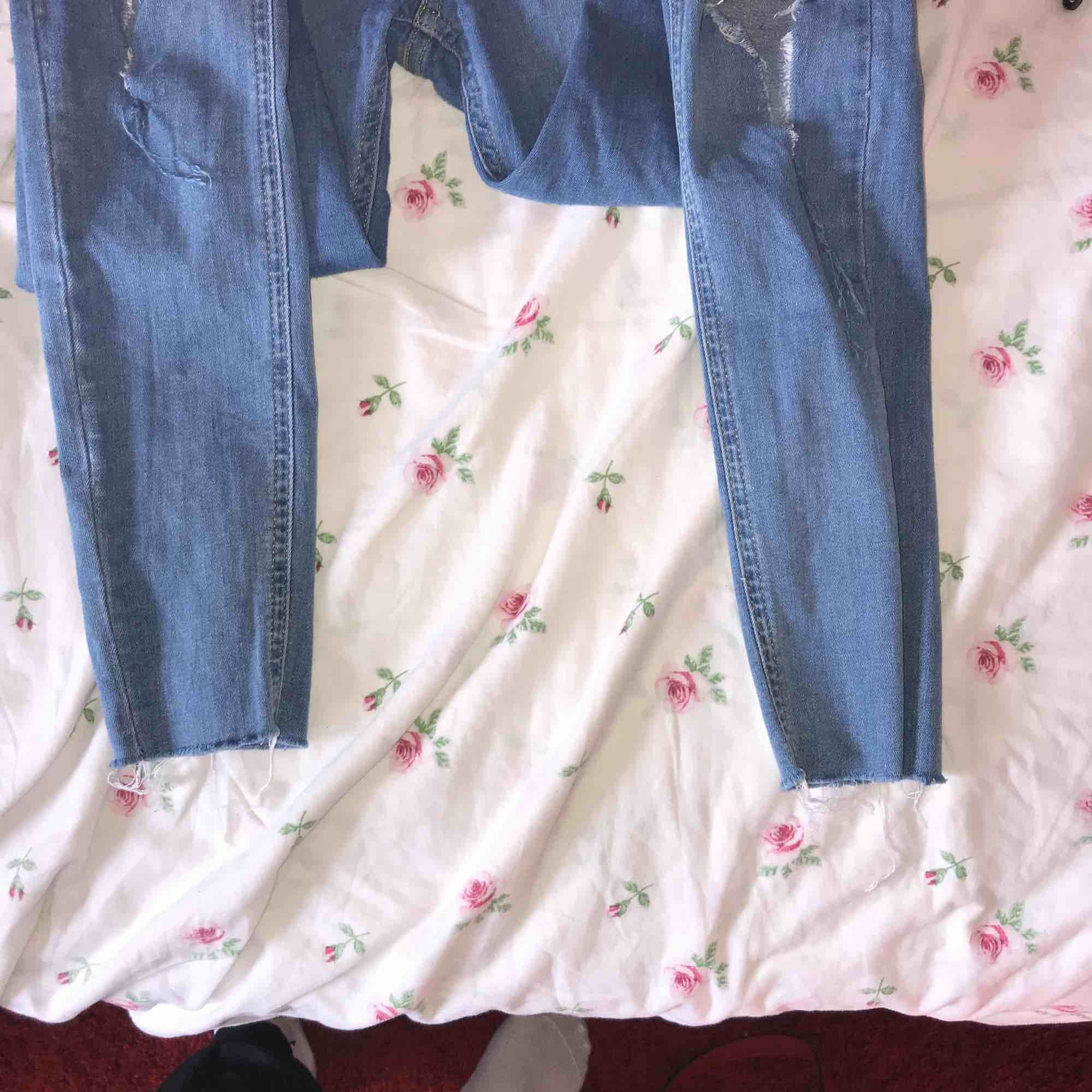 Molly destroy jeans. Jeans & Byxor.