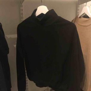Skit fin polo tröja från Zara, med resår i midjan!
