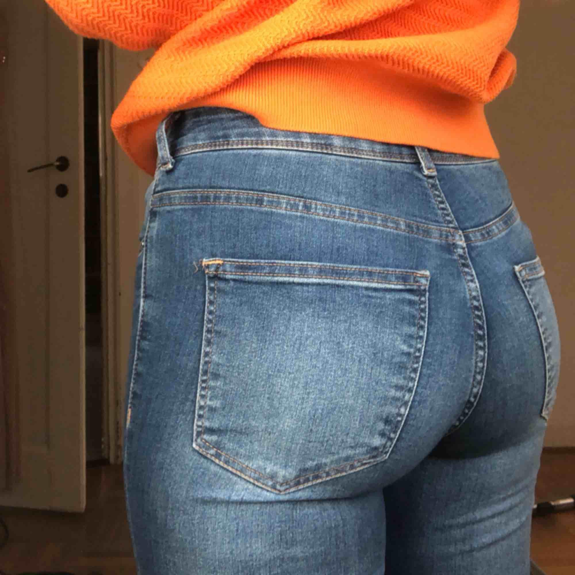 Jeans använda en gång från HM. I bra skick!. Jeans & Byxor.