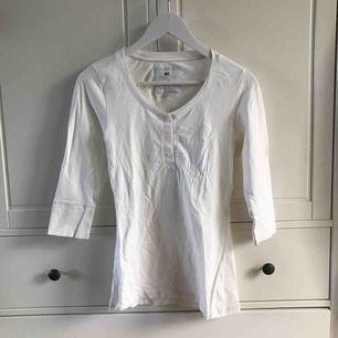 Jättefin tröja från Lexington. Köparen står för frakt, kan även mötas i Helsingborg.