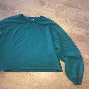 Oversize superrrrrskön tröja från Weekday!
